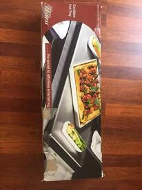 Brand new cordless hot plate/ tray