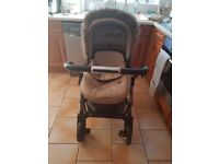 Silvercross Wayfarer with stroller, carry cot and changing bag inc.