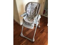 Highchair: Chicco Polly 2 in 1