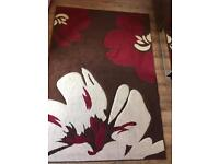 Floral rug 150x210cm in very good condition