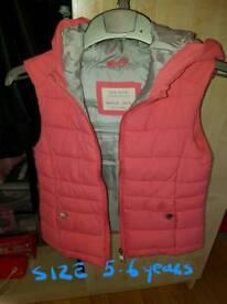 Zara girls pink gillet size 5-6 years