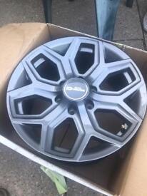 """Glossy titanium 18"""" Isuzu D'max wheels"""