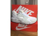 white huaraches only size 6