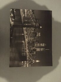 BEAUTIFUL BLACK AND WHITE CANVAS OF BROOKLYN, NEW YORK