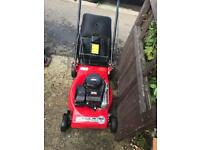 Mountfield 42cm lawn mower Briggs and Stratton engine