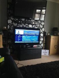 """37"""" HD SAMSUNG DVB LIGHT WEIGHT TV"""