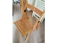 Folding chairs - white or light oak