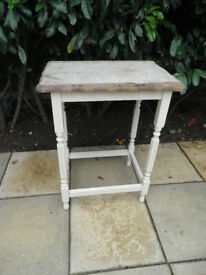 Vintage oak side table/ occasional table great for upcycling