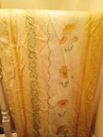 Curtains & single bed duvet