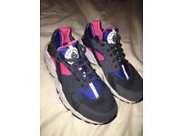 Nike Huarache size uk7