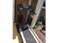 Treadmill motorised with power incline and pulse meter