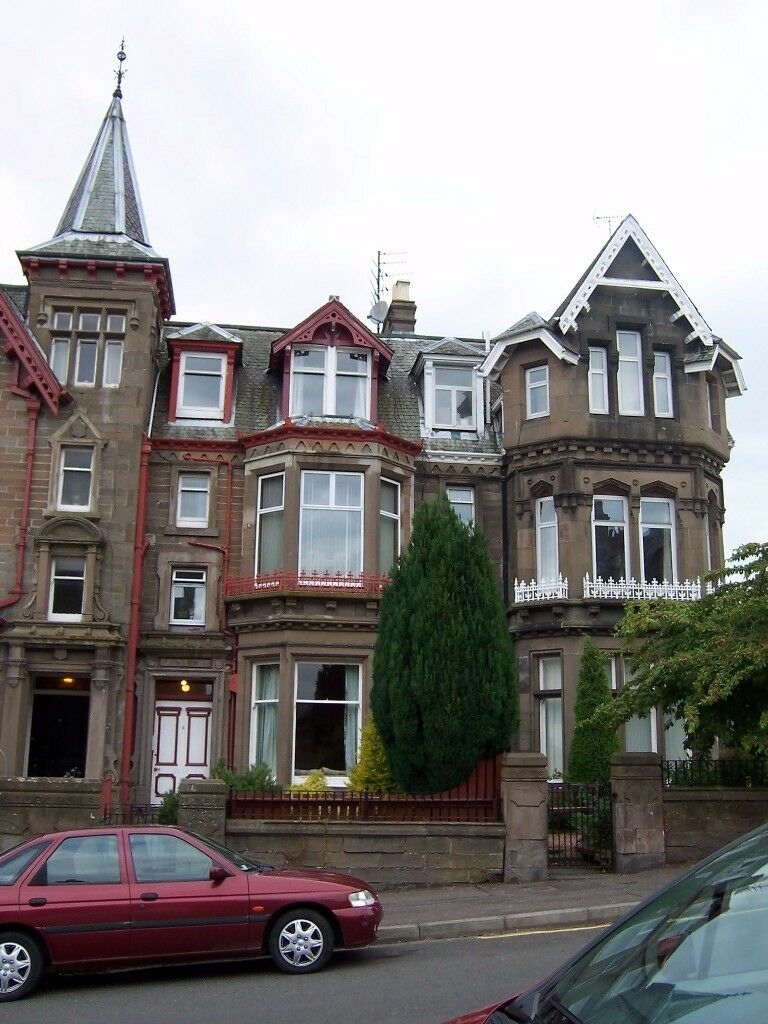 Dundee 2 bedroom West End flat to rent