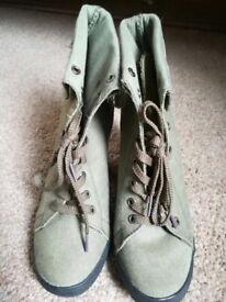 Khaki boots size 5