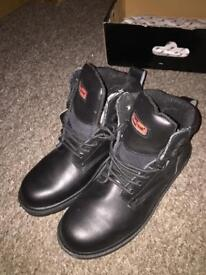 4214fcd8ef68c Tommy Hilfiger expedition series winter boots ‼️size UK 9 (US10M ...