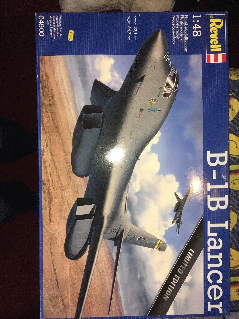 Scale model aircraft kits (7, various scales)