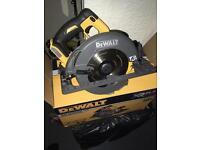 Dewalt flex volt circular saw 54v brushless new !!!!