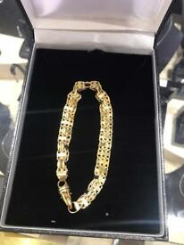 9ct cage style bracelet with 18 k finish