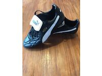 football boots puma king size 9.5 great condition worn 4 or 5 times only £20.00
