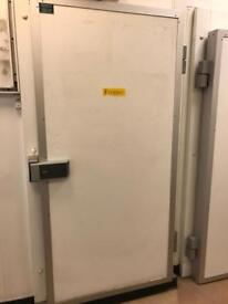 Coldroom and freezer room