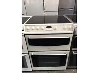 BELLING free standing electric ceramic cooker 60 cm width white nice condition & fully working order