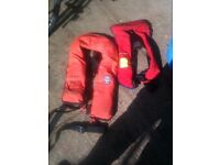 2 x lifejackets, adults over 32kg and teenager/smallish person