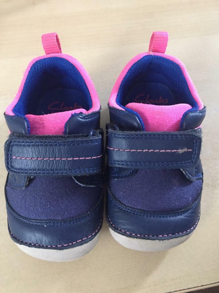 Clarks first shoes blue and pink 3.5F