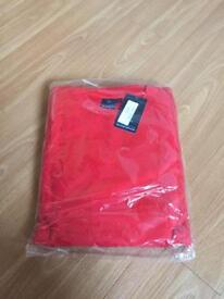 Red sweatshirt size 5xl *new*