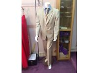 Male manikin suitable for shop or seamstress £35 fits 44 chest 34 waistline