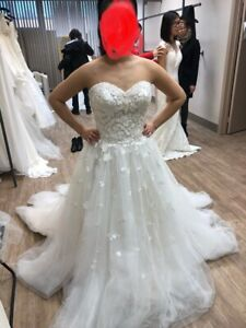 Brand new unaltered ball gown a line wedding dress