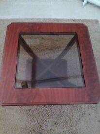 Side/ coffee table mahogany veneer