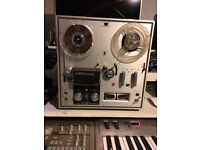 Akai 1710 4 track Tape recorder for sale! £150 only, tape included.