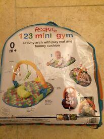 Red kite 123 mini gym