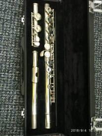 Flute Yamaha 211 s II