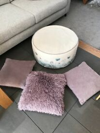 Next home foot stall and cushions