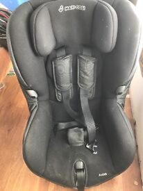 Maxi coding axis car seat