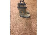 Frozen boots size 4