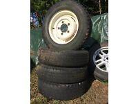Series Landrover steel wheels 5 1/2J x 16 x 33 Tubeless x 4