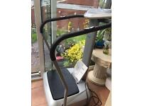 Vibro Plate Exercise Machine