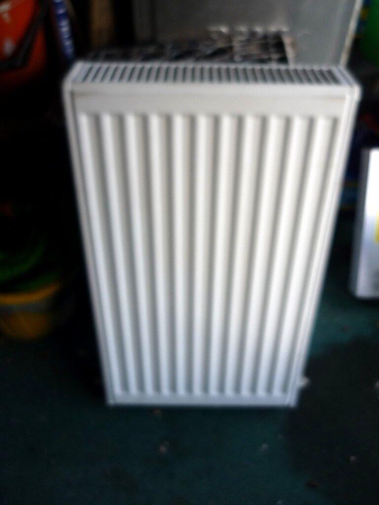 Double radiator size 700 x 400 mm