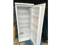 Fridge (white) - Currys Essentials. approx 3 years old. 142cms (h) X 54cm (w) X 55cms (d)