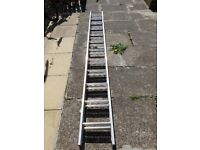 Aluminium Extension ladders 6.10m in new condition