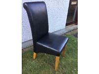 SET OF FOUR DINING ROOM CHAIRS. £20