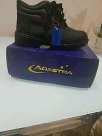 Brandnew work boots