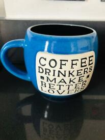 Quirky Vintage 70s Coffee Drinkers Make Better Lovers Blue Coffee Mug Novelty Tea Cup Gift