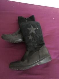 Black clarks boots 13 G