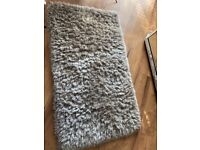 Rug (thick pile) champagne colour