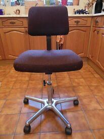 Office – Typist – Computer – Chair, excellent condition