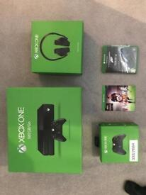 Xbox One - 500gb with controller and headset