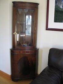 Elegant corner cabinet