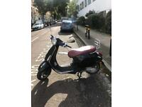 VESPA PRIMAVERA 50cc 2015 LOW MILEAGE great condition!